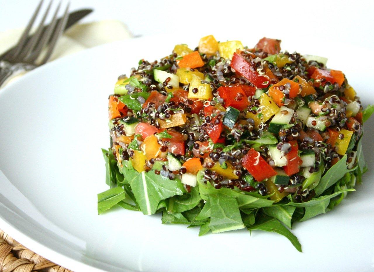 Cocina saludable 3 ensaladas sabrosas y nutritivas la for Comidas de verano saludables