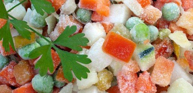 ¿Cómo descongelar alimentos de forma segura?