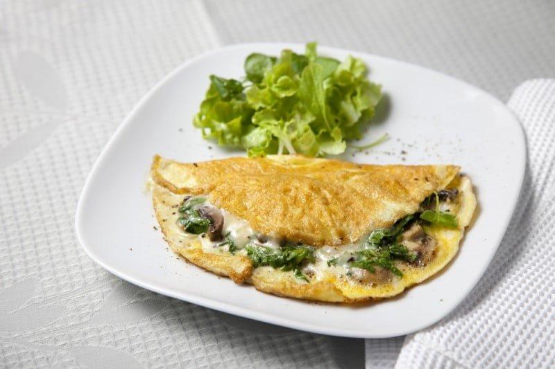 Cozinha Saudável: Cogumelo e espinafre Omelete