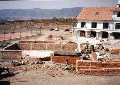 Construcción de la actual pileta climatizada cubierta